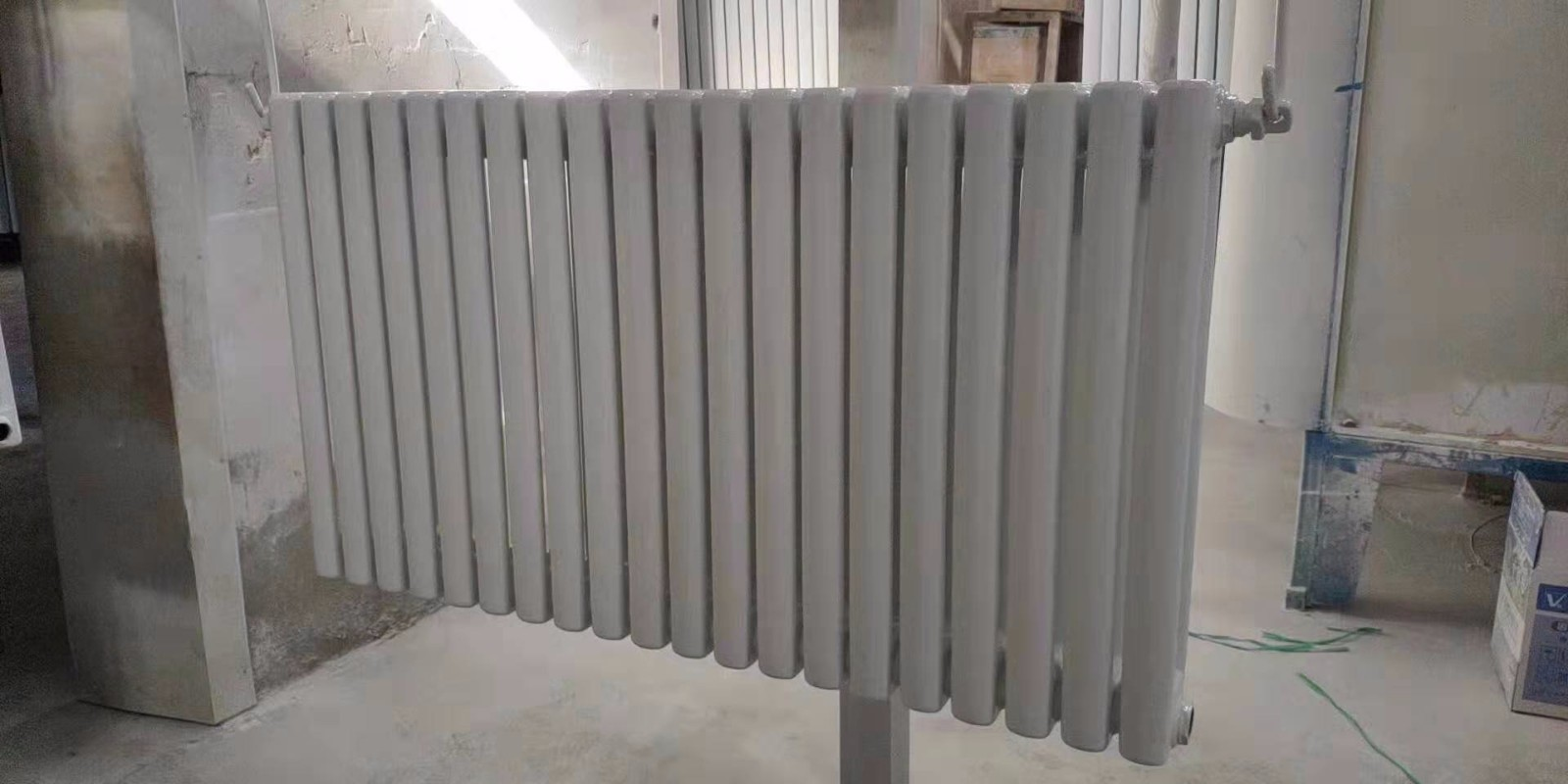 曲水暖气片钢铝复合型散热器